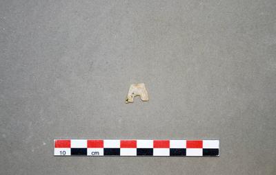 Fragment de pointe de flèche à base concave