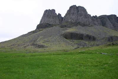 35000401. Leifar meints blóthúss á Þyrli 3.