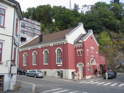 Kirkeveien gjennom Arendal og Barbu