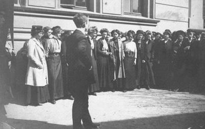 Bilde funnet under ordning av arkivmateriale fra Kristiansand katedralskole