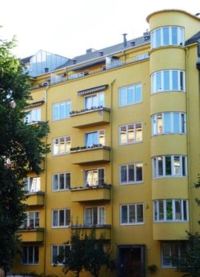 Stensgata 11 - den gule funkisgården