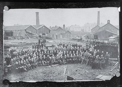 Arbeidere og anlegg ved Stang & Brekke Brug
