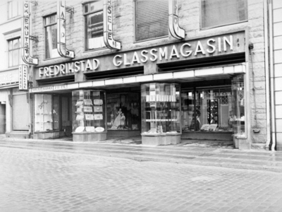 Butikkeksteriøret til Fredrikstad Glassmagasin