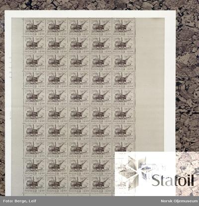 Ark med frimerker der Statfjord A er motivet