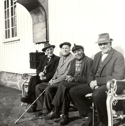 På pensjonistbenken i Langesund
