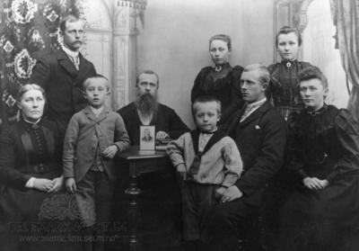 Hamre familieportrett