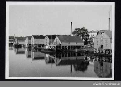 Utsyn over bryggerekka i Levanger