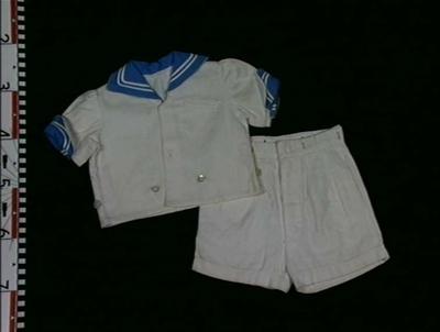 Matrosdress, jakke og bukse