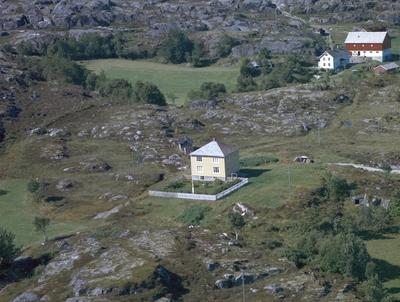 Eiendommene Høgheim og Lervåg Søndre