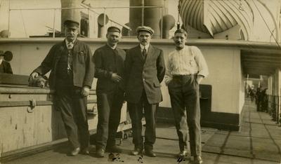 Maskinistene ombord i D/S 'Storstad' (1911
