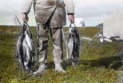 Fra foredragsrekken Landmålerlivet i Finnmark v/Axel Printz : En god ørretfangst fra Gurtejokka