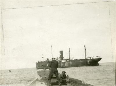 'Benguela' blir stoppet av en tysk ubåt