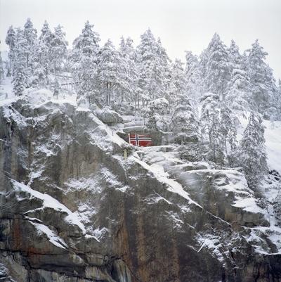 Og høyt oppe i toppen det norske flagg