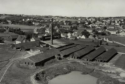Blikk fra Austrått over Graverens Teglverk mot Sandnes Sentrum