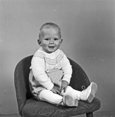 Portrett spebarn - bestiller Bjarne Nikolaissen