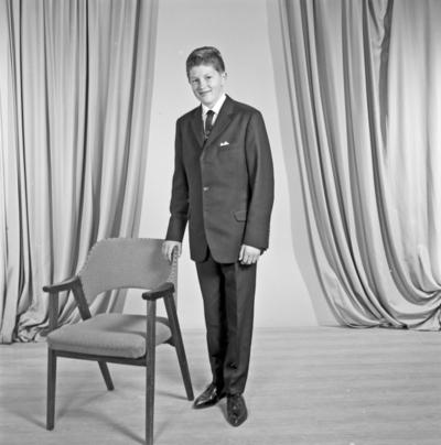 Portrett ung mann - bestiller Geir Inge Brekke