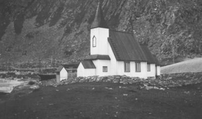 'Kjøllefjord kirke - er som en deilig hvit maase