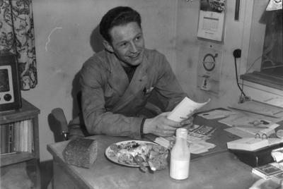 Hjalmar Andersen. Fotogr. for
