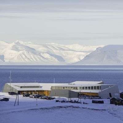 Sysselmannen på Svalbard, administrasjonsbygget