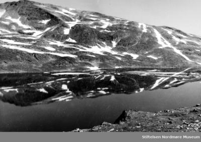 Landskapsbilde av fjellandskap