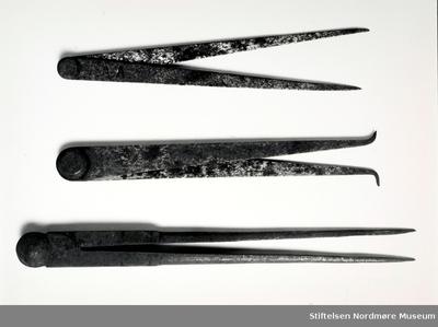 Foto av verktøy fra Mellemværftet som Arne Staurset var av besittelse av på skipsværftet