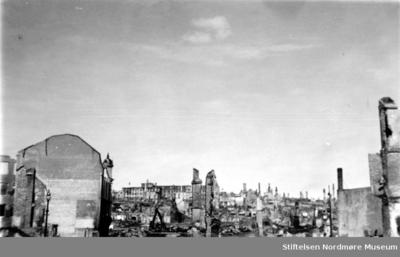 Krigen har her kommet til Kirkelandet i Kristiansund