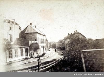 Foto trolig fra Storgata på Kirkelandet i Kristiansund