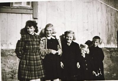 Fem barn