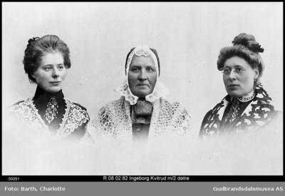 Ingeborg Kvitrud Venabygd med 2 døtre