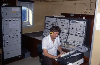 Gnisten i radiorommet på T/T 'Wind Eagle' (b