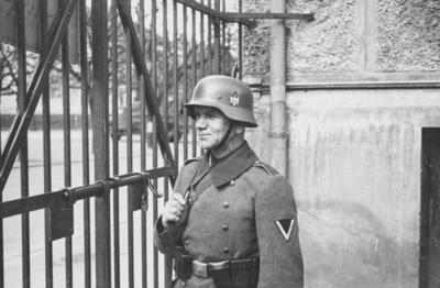 Norsk fangeleir ved Logen i mai 1940