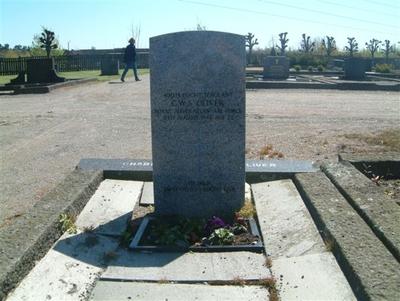 Gravmonument over Charlie William San Oliver
