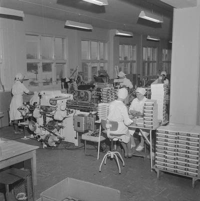 Nidars sjokoladefabrikk div interiøre i fabrikken