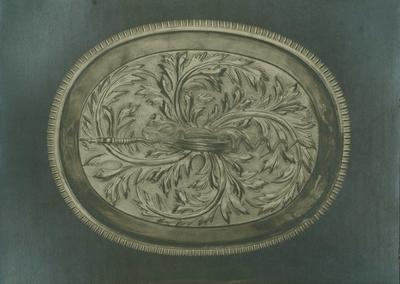 Lokk på suppeterrin i sølv