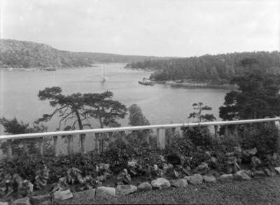 Utsikt til Hankøsundet fra eiendommen Bloksberg på Hankø