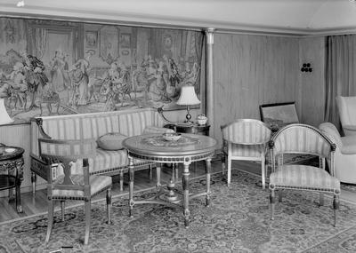 Kafe Nasjonal, Elverum fotogr. møblement på hotell Phoenix