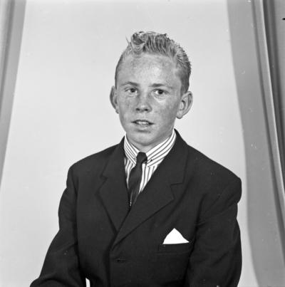 Portrett ung mann - bestiller Øyvind Skogland