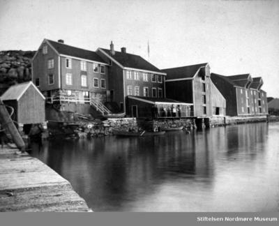 Fra venstre: skipper Strands vedbu