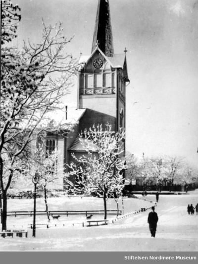 Kirkelandet kirke på Lyshaugen