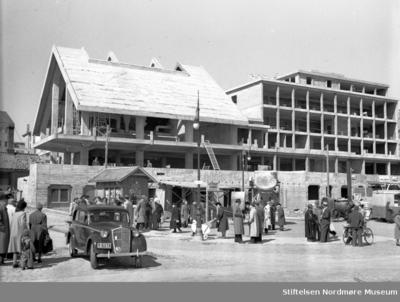 Kristiansund rådhus under bygging