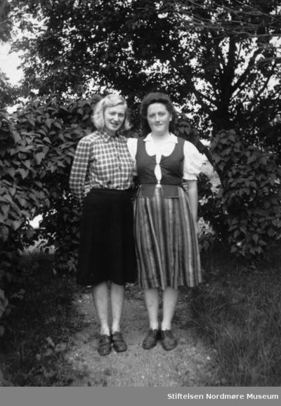 Venninner: Svanhild og Jorun 1943