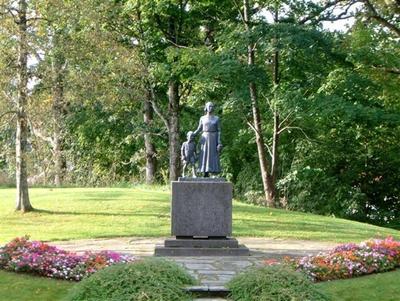 Skulptur over de falne fra Nøtterøy