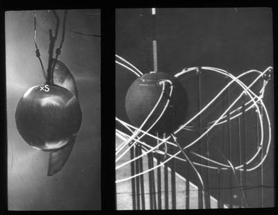 Til høyre: Størmers modell for elektronbanene nær jorda