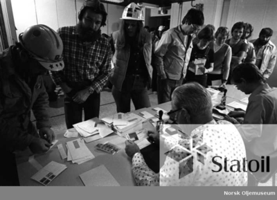 Statfjord A ble motiv på et av postens frimerker