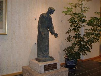 Skulptur til minne om elever fra Tønsberg