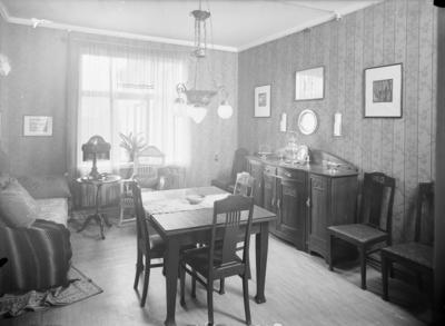 Journ. Einar Bergslids hjem. Interiør.