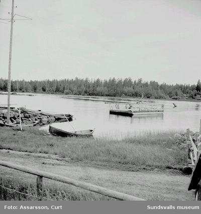 Färjan vid Öhn i Ytterturingen.