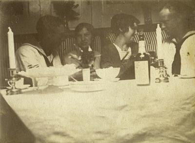 Gustaf Andersson; skeppsgosse i 5:e skeppsgossekompaniet i Marstrand 1911-1914, samt torpedmatros i 6:e matroskompaniet 1914-1920. Bild från 1910-talet i Flottan.
