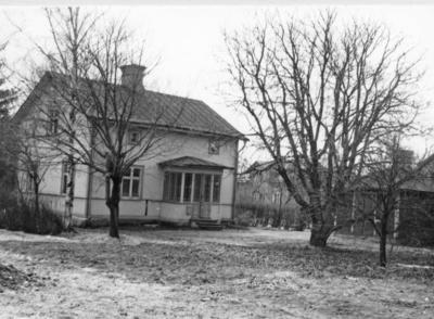 Enköping, stadsägan 208, Westerlundsgatan 6, gårdssidan, mot sydväst