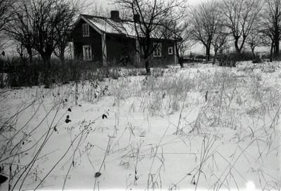 Nu rivet hus vid Hästbacken.